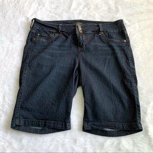 Nwot Torrid Jean Shorts